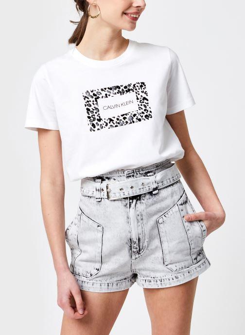 Kleding Calvin Klein Regular Fit Ss Leo Box Ck Tee Wit detail