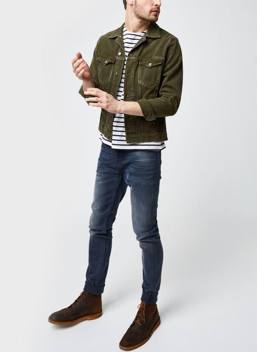 """Vêtements Armor Lux Marinière """"Théviec"""" Homme New Blanc vue bas / vue portée sac"""