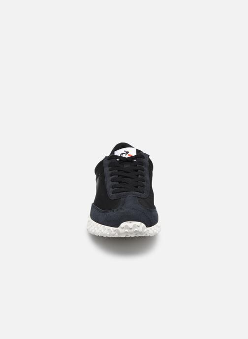 Sneakers Le Coq Sportif Veloce Nero modello indossato