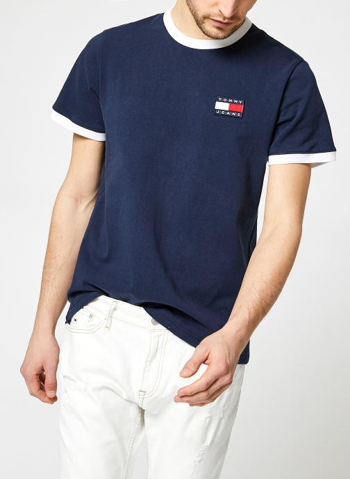 Vêtements Tommy Jeans TJM Badge Ringer Tee Bleu vue détail/paire