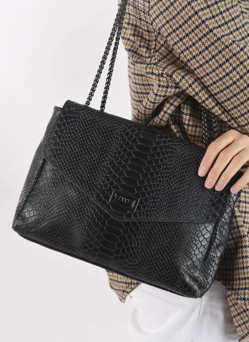 Handtaschen Georgia Rose Mylla schwarz ansicht von unten / tasche getragen