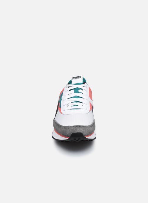 Sneakers Puma Future Rider Play On W Bianco modello indossato