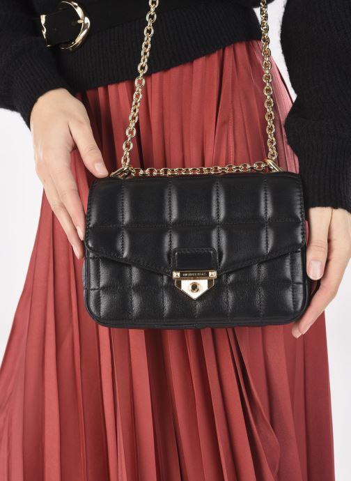 Bolsos de mano Michael Michael Kors SOHO SM CHAIN SHLDR Negro vista de abajo