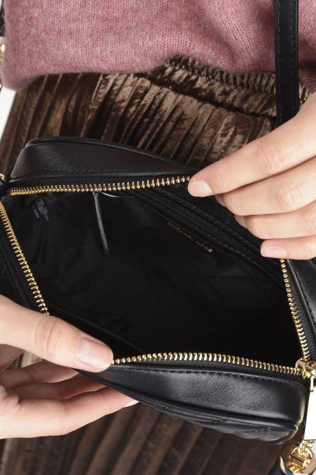 Sacs à main Michael Michael Kors JET SET CHARM MD CAMERA BAG Noir vue derrière