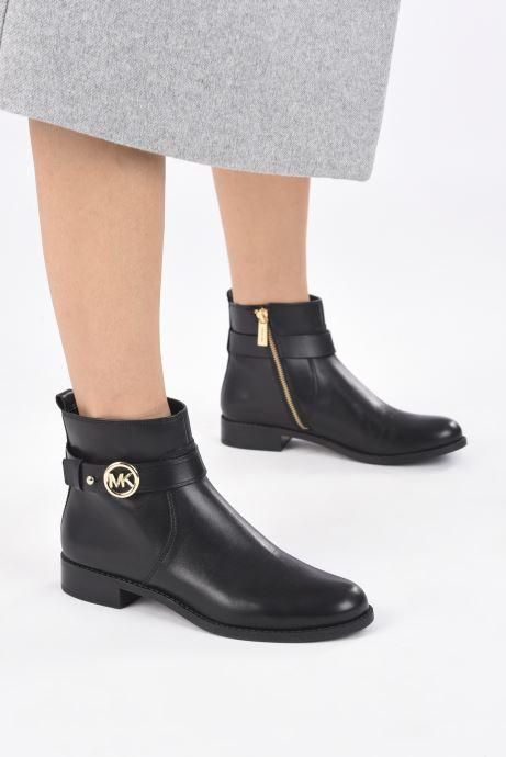 Bottines et boots Michael Michael Kors ABIGAIL FLAT BOOTIE Noir vue bas / vue portée sac