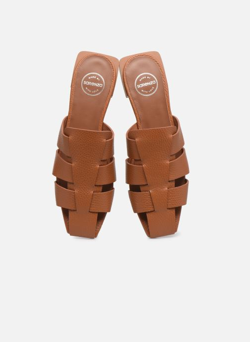 Clogs & Pantoletten Made by SARENZA Rustic Beach Mules #5 braun schuhe getragen