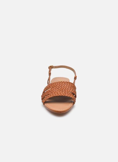 Sandalen Petite mendigote Vinicius braun schuhe getragen