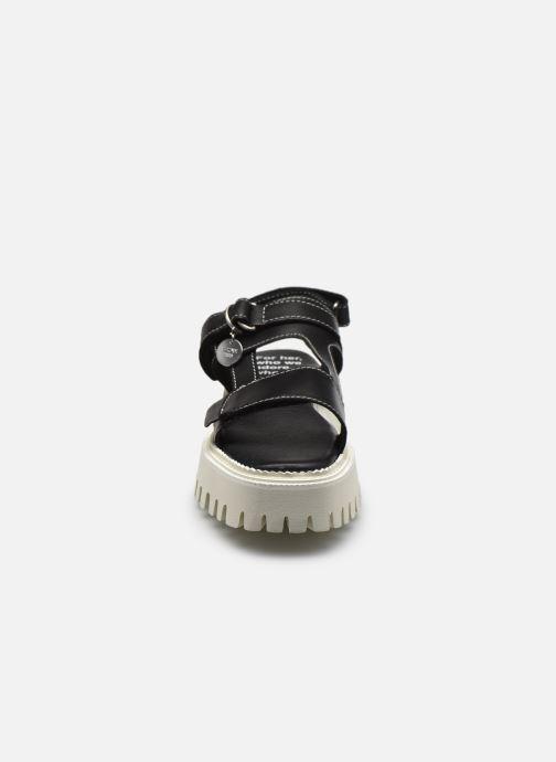 Sandalen Bronx SQROOVY-SANDAL 84907 schwarz schuhe getragen