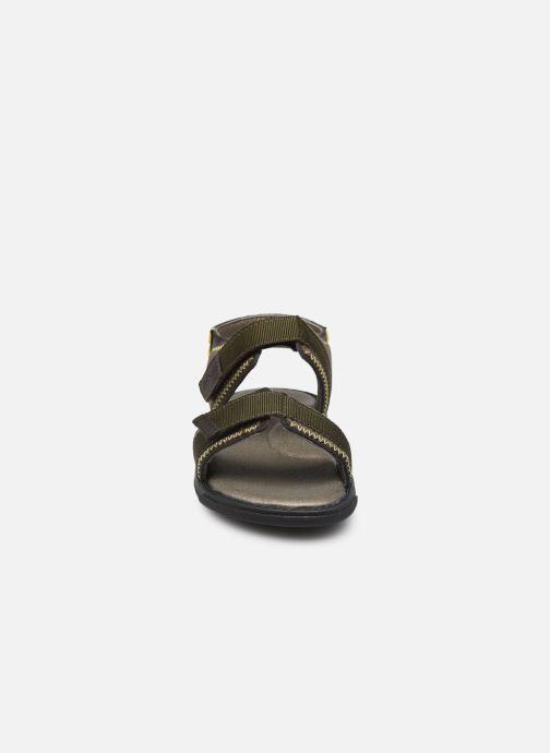 Sandali e scarpe aperte BOSS J09153 Marrone modello indossato