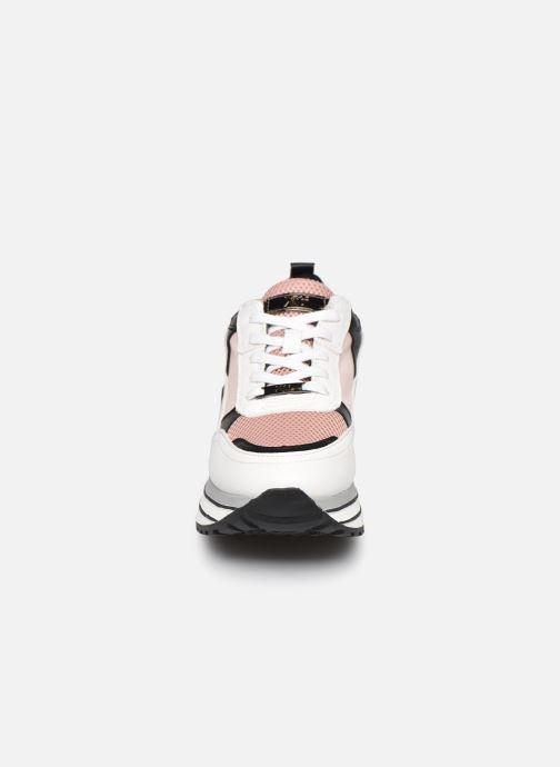 Sneakers Xti 44683 Multicolore modello indossato