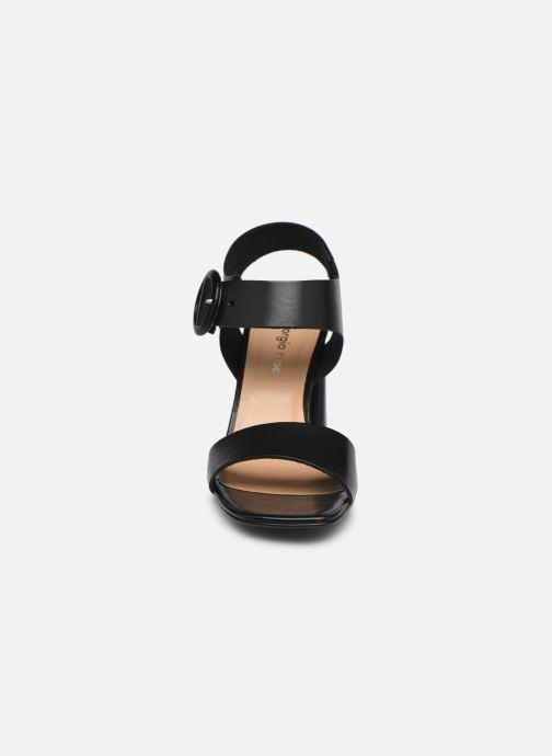 Sandali e scarpe aperte Georgia Rose Jolinna Nero modello indossato