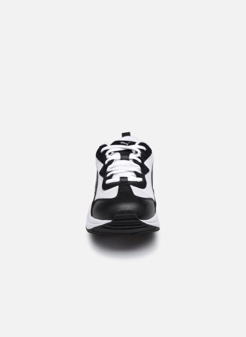 Sneakers Puma Cilia W Nero modello indossato