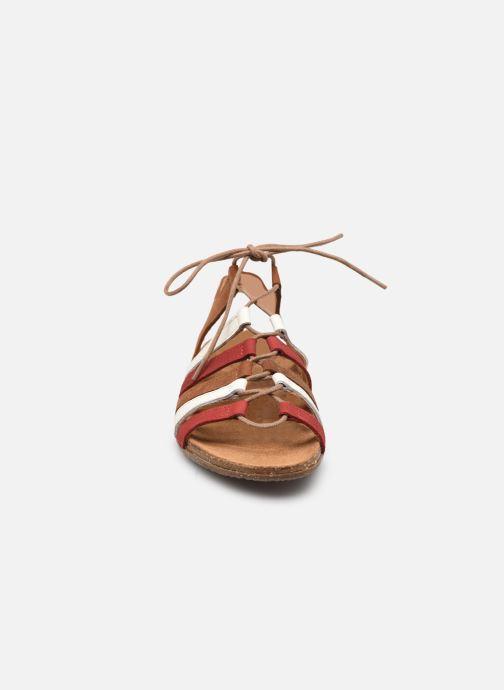 Sandales et nu-pieds El Naturalista Wakataua N5069 Marron vue portées chaussures