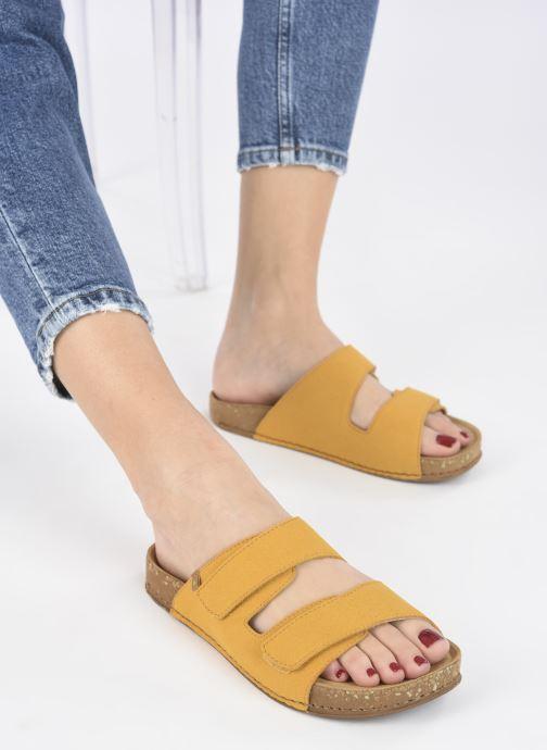 Sandales et nu-pieds El Naturalista Balance N5792T Vegan Jaune vue bas / vue portée sac