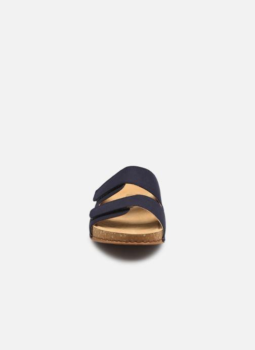 Sandali e scarpe aperte El Naturalista Balance N5792T Vegan M Nero modello indossato