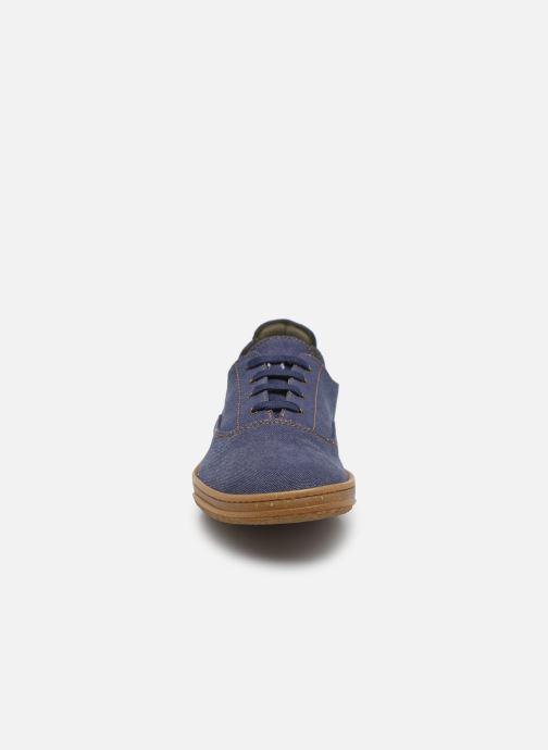Sneakers El Naturalista Amazonas N5394T Vegan / Organic Cotton Azzurro modello indossato