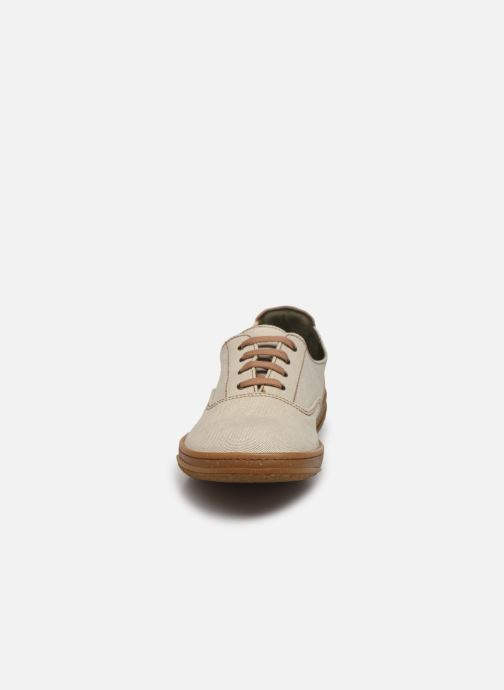 Sneakers El Naturalista Amazonas N5394T Vegan / Organic Cotton Grigio modello indossato