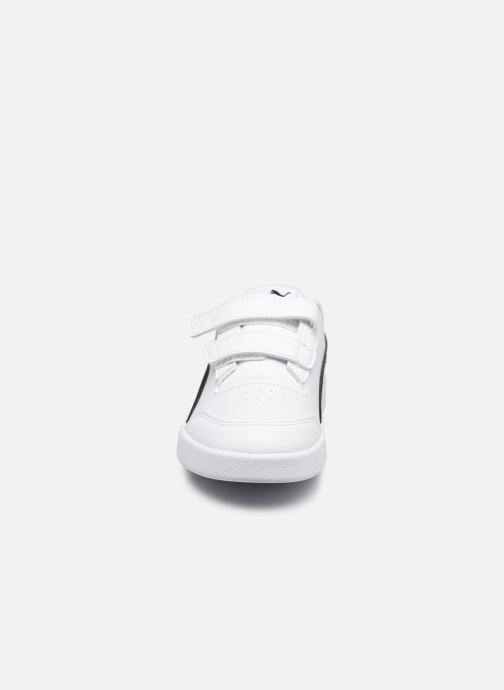 Sneakers Puma Shuffle K Bianco modello indossato