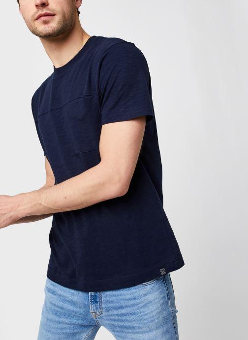 Vêtements Selected Homme Slhregrick Ss O-Neck Tee W Bleu vue détail/paire