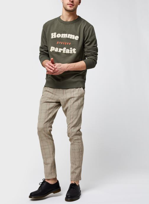 Vêtements Selected Homme Slhjared Crew Neck Sweat W Ex Vert vue bas / vue portée sac