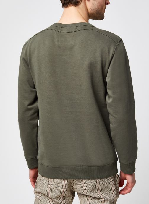 Vêtements Selected Homme Slhjared Crew Neck Sweat W Ex Vert vue portées chaussures