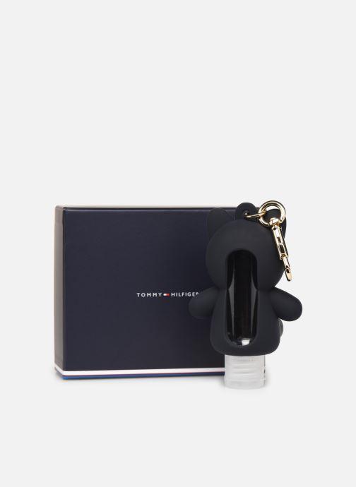 Petite Maroquinerie Tommy Hilfiger PORTE-CLÉ MASCOTTE POUR FLACON DÉSINFECTANT Noir vue portées chaussures