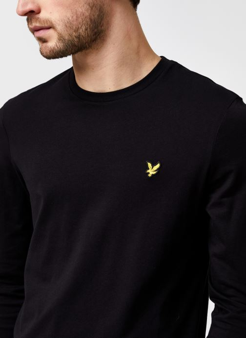 Kleding Lyle & Scott L/S Crew Neck T-shirt Zwart voorkant
