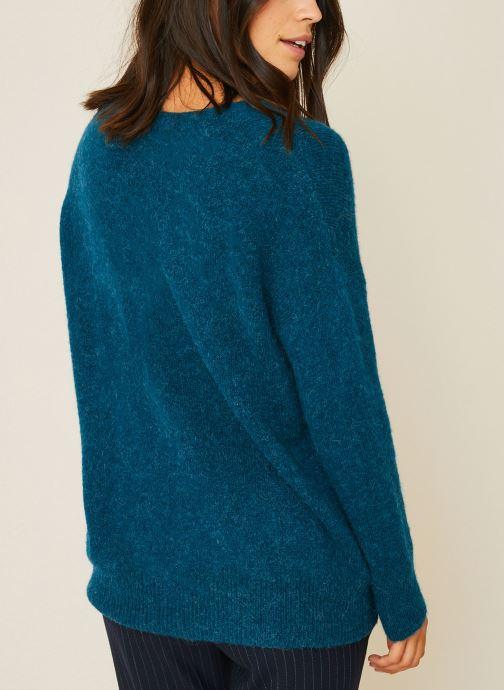 Vêtements Monoprix Femme Pull large col V en alpaga Bleu vue portées chaussures