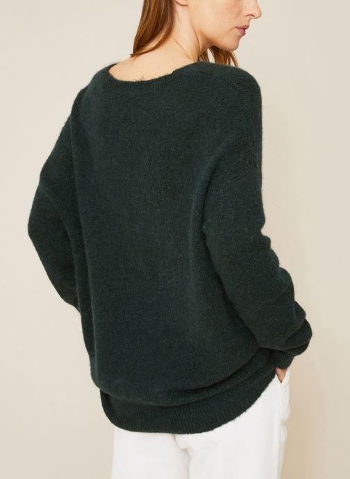 Vêtements Monoprix Femme Pull large col V en alpaga Vert vue portées chaussures
