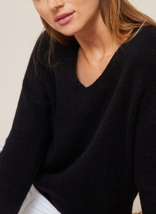 Vêtements Monoprix Femme Pull large col V en alpaga Noir vue détail/paire