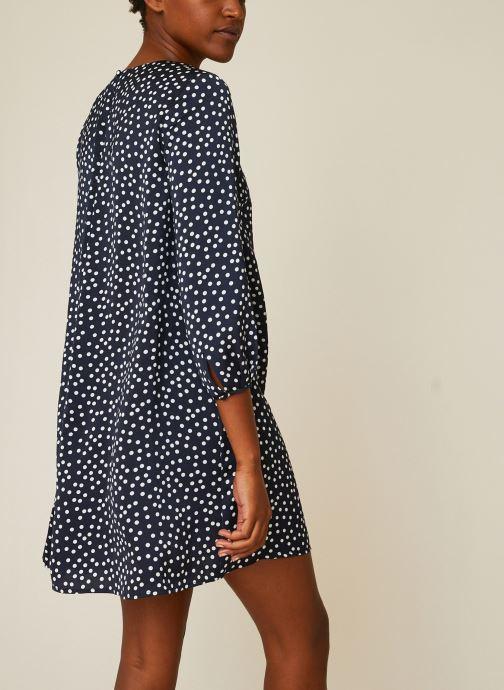 Vêtements Monoprix Femme Robe fluide à pois Bleu vue portées chaussures