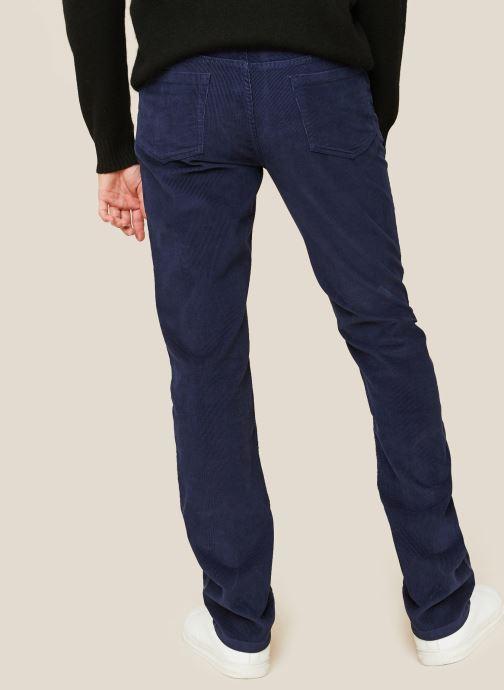 Vêtements Monoprix Homme Pantalon en coton BIO Bleu vue portées chaussures
