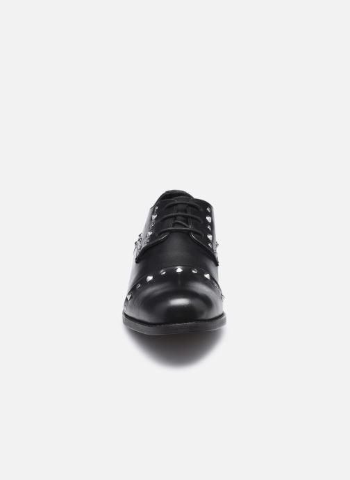 Scarpe con lacci Les Tropéziennes par M Belarbi Zully Nero modello indossato