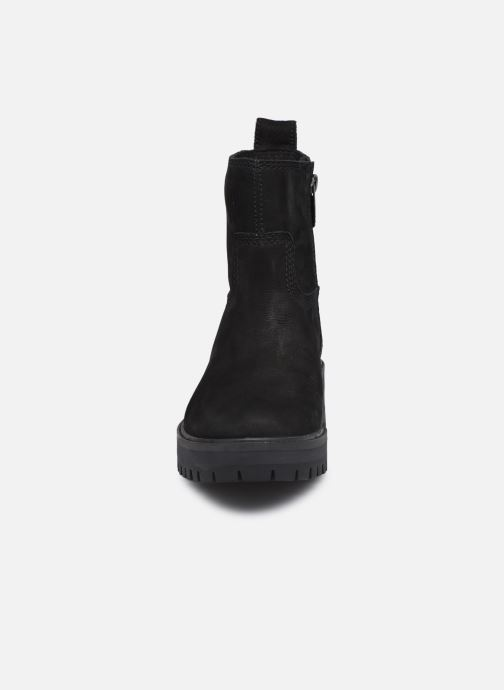 Botas Timberland Courmayeur Valley FAUX Fur Bootie Negro vista del modelo