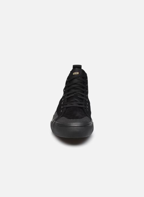 Sneaker Globe Los Angered II - Sammy Montano - schwarz schuhe getragen