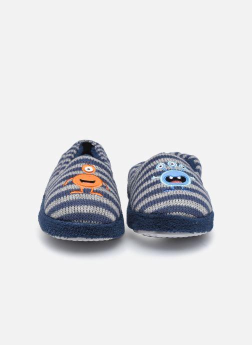 Pantuflas Sarenza Wear Chaussons extraterrestres enfant garcon Azul vista del modelo
