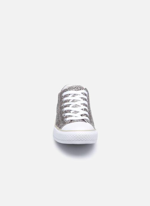 Sneaker Chattawak ANELYSE silber schuhe getragen