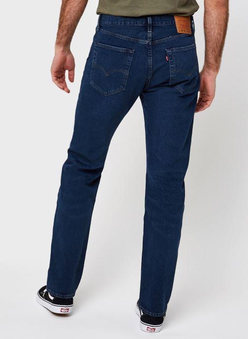 Vêtements Levi's 501® '93 Straight Bleu vue portées chaussures