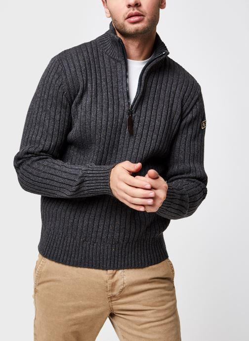 Half Zipped Sweater Plrage2