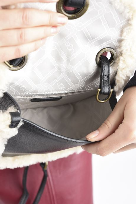 Handtaschen UGG Heritage Crossbody Leather schwarz ansicht von hinten