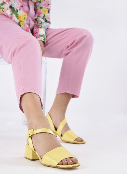 Sandalen About Arianne Selva gelb ansicht von unten / tasche getragen