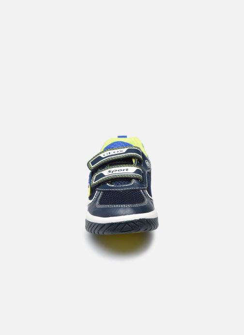 Baskets Geox J Inek Boy J159CB Bleu vue portées chaussures