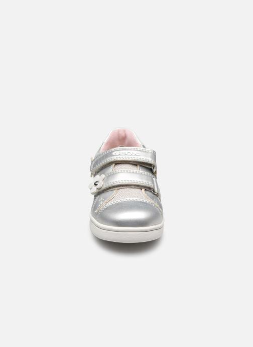 Sneaker Geox B Djrock Girl B151WC silber schuhe getragen