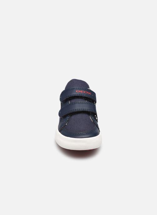 Sneakers Geox B Gisli Boy B151NB Azzurro modello indossato