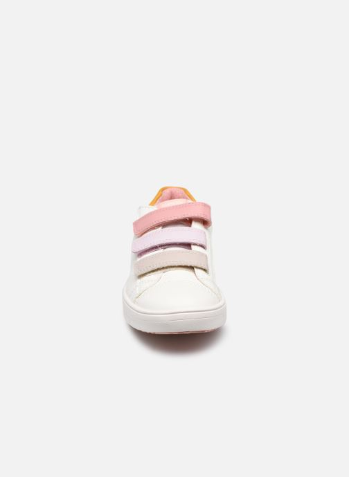 Sneaker Geox J Silenex Girl J15DWB weiß schuhe getragen
