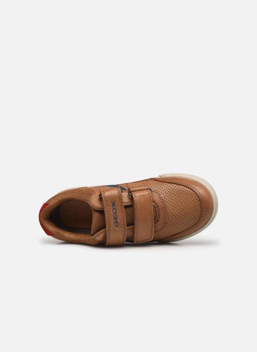 Sneaker Geox J Poseido Boy J15BCA braun ansicht von links