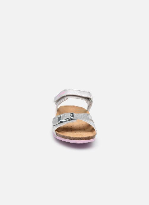 Sandalen Geox J Adriel Girl J028MC silber schuhe getragen
