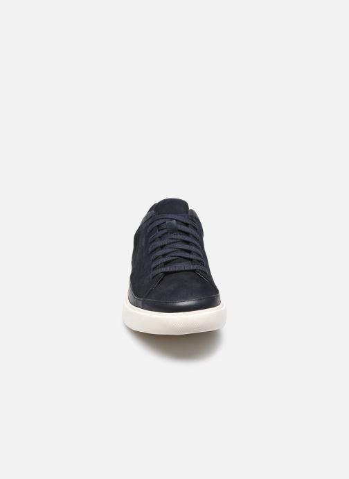 Baskets Clarks Unstructured Un Costa Tie Bleu vue portées chaussures