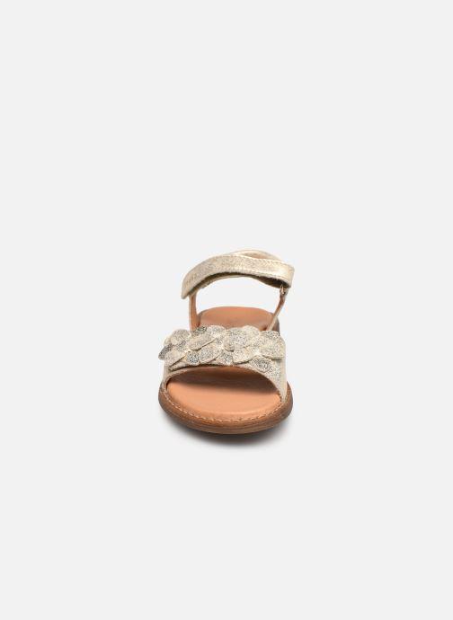Sandali e scarpe aperte Froddo G3150181 Oro e bronzo modello indossato