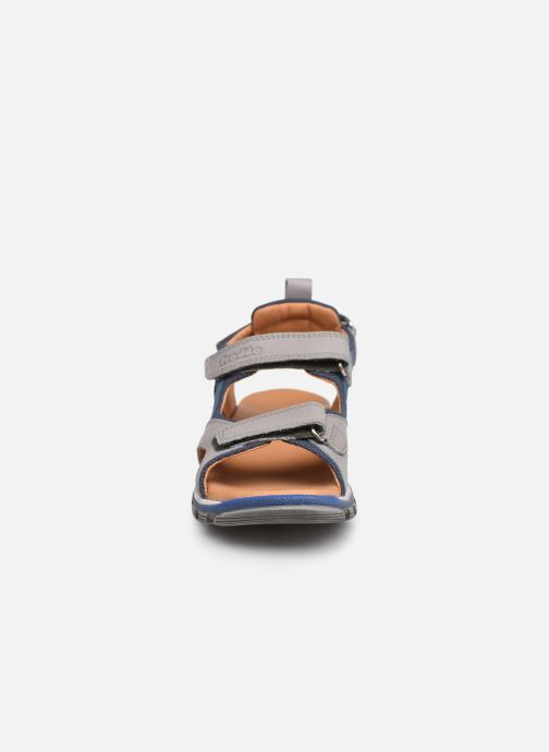 Sandalen Froddo G3150189 grau schuhe getragen